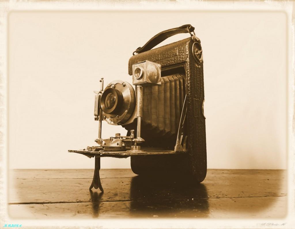 L' appareil photo pliant LLoyd de mon grand oncle Pierre